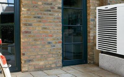 Pompy ciepła powietrze-woda aroTHERM w atrakcyjnych cenach